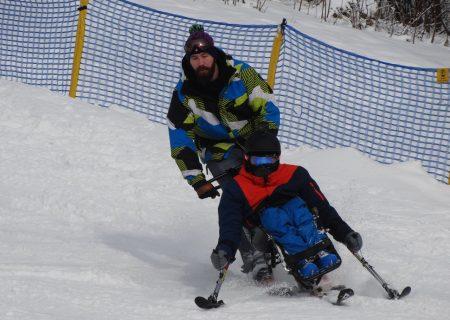 """""""Śnieg + Adrenalina Junior 2019"""" – obozy narciarstwa zjazdowego dla dzieci z niepełnosprawnością ruchową - Aktywni Bez Barier"""